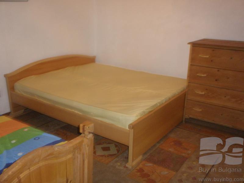 zweist ckiges wochenendhaus unweit vom meer bei varna id. Black Bedroom Furniture Sets. Home Design Ideas