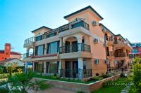Luxuriöse Villa mit Apartments in Sozopol